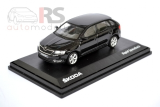 Škoda Rapid Spaceback (Black Magic)